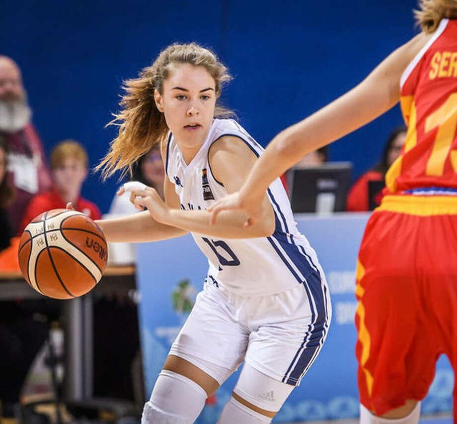 Śara Majorosova, left, a 5-foot-6 guard from Kosice, Slovakia has signed to play for SIUE next fall. She will be a freshman. Photo: FIBA Basketball