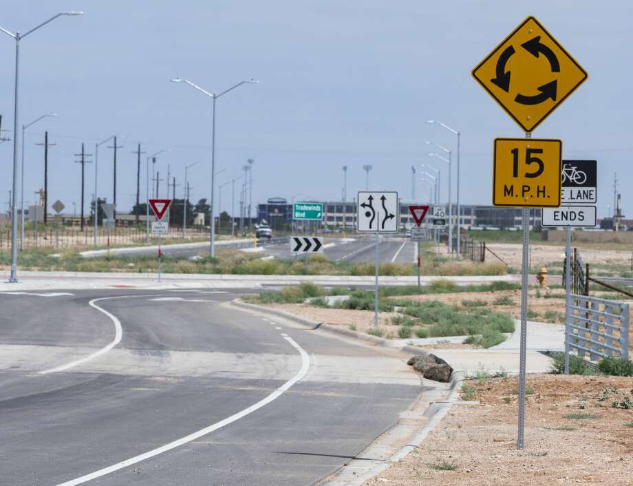 Midland's first roundabout is nearly ready for traffic 05/05/2020 at the new intersection of Tradewinds Blvd and Anetta Dr with yield signs at every turn. Tim Fischer/Reporter-Telegram Photo: Tim Fischer/Midland Reporter-Telegram