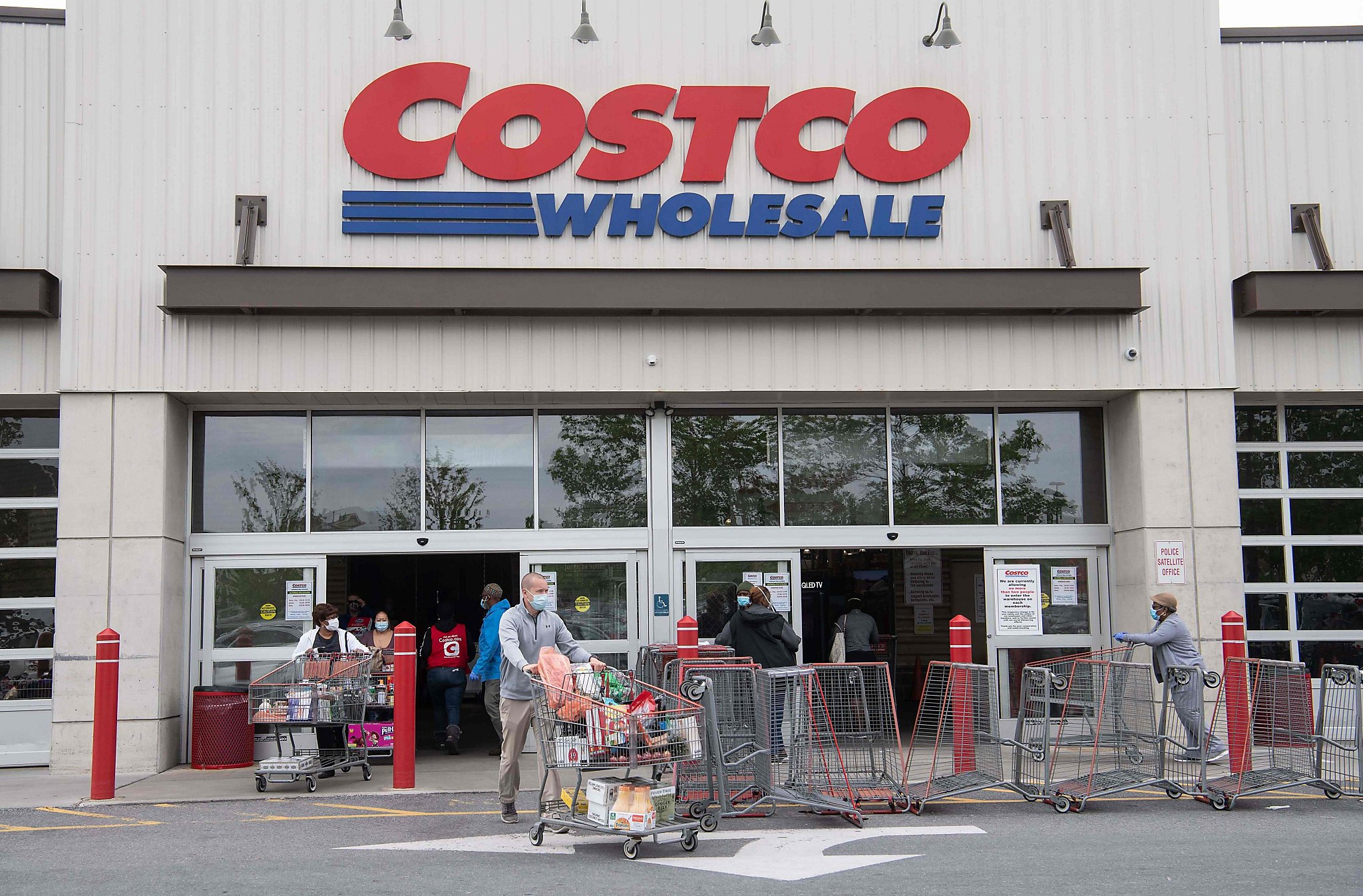 Costco begins offering coronavirus vaccines at Bay Area store - San Francisco Chronicle