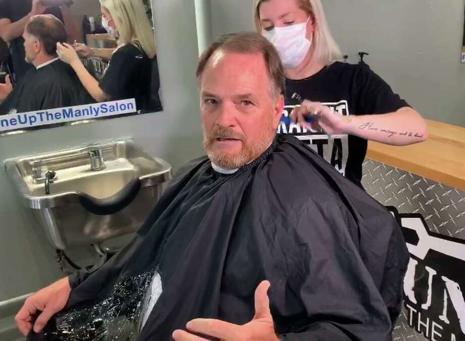 State Rep. Steve Toth gets a hair cut Tuesday despite the governor's order that keeps non essential businesses like salon's closed. Photo: Courtesy Photo