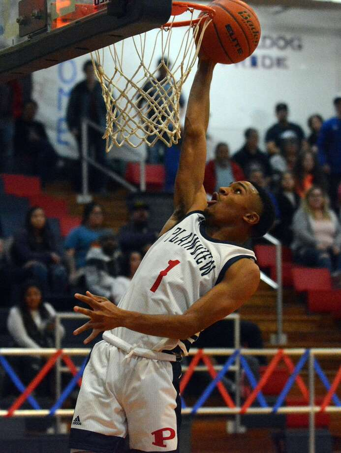 Plainview senior Ryan Jackson verbally committed to Wayland Baptist recently and is set to join the Pioneer men's basketball team. Photo: Nathan Giese/Planview Herald