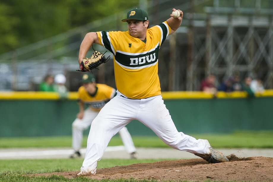 Dow High's Lane Peters delivers a pitch during a June 1, 2019 district semifinal vs. Midland High. Photo: Daily News File Photo