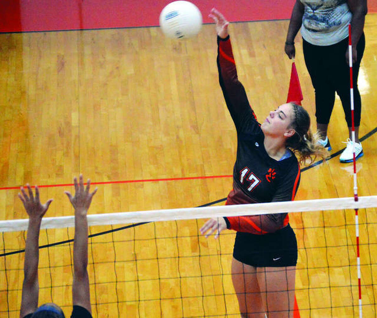 A multiple All-State and All-Southwestern Conference selection, the 6-0 Rachel Pranger is the program's only player with at least 1,000 kills and 1,000 digs.