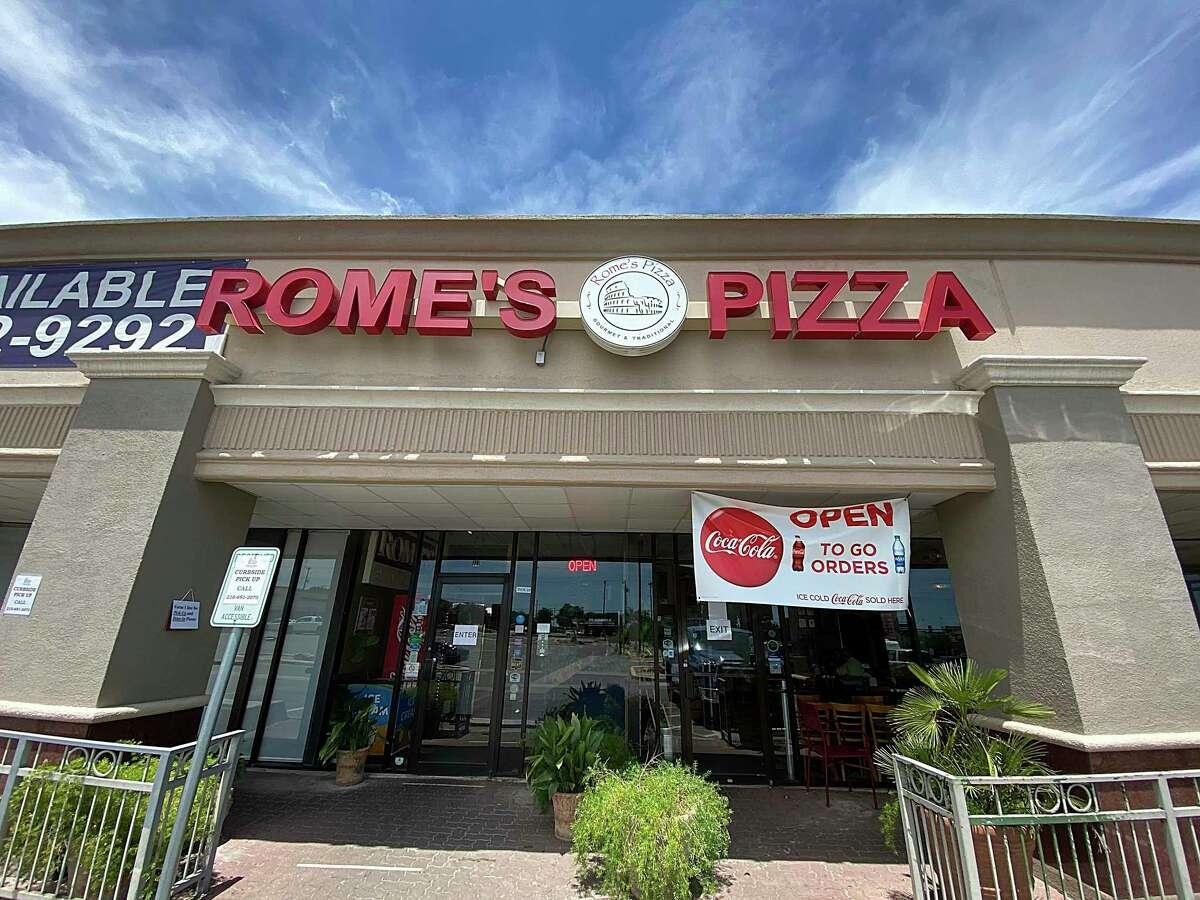 Rome's Pizza on De Zavala Road is one of three San Antonio-area locations.