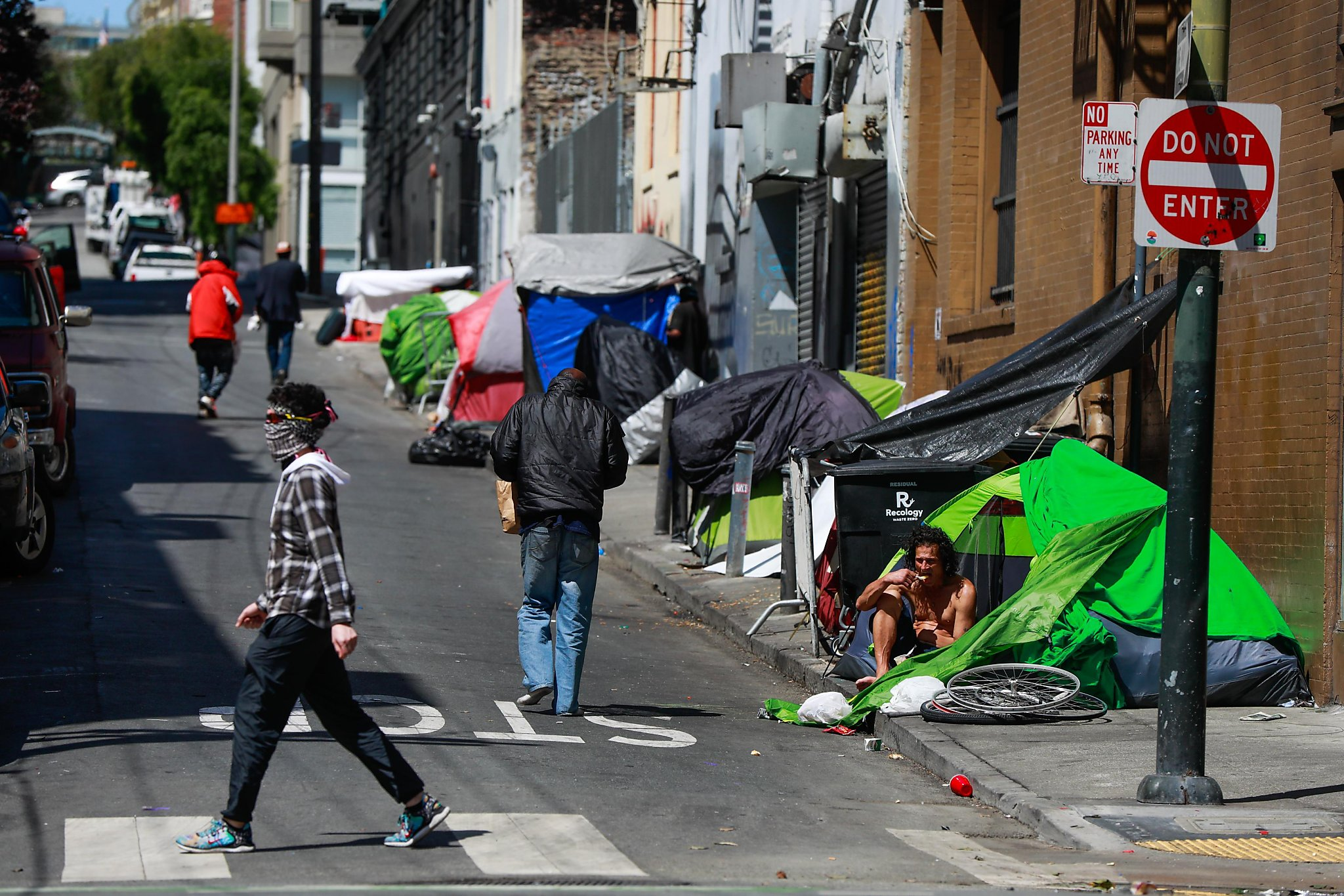 As if SF's Tenderloin didn't have enough problems, pulling out narcotics cops didn't help