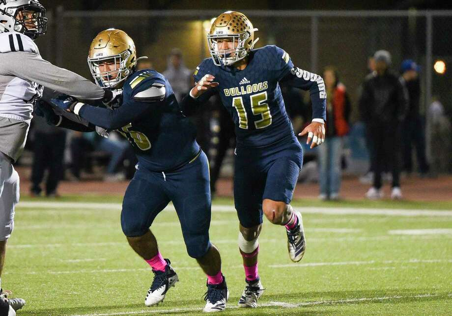 Alexander outside linebacker Marco Torres had a team-high 15 tackles for loss last season along with 54 tackles, three sacks, two forced fumbles and a fumble recovery. Photo: Danny Zaragoza / Laredo Morning Times File