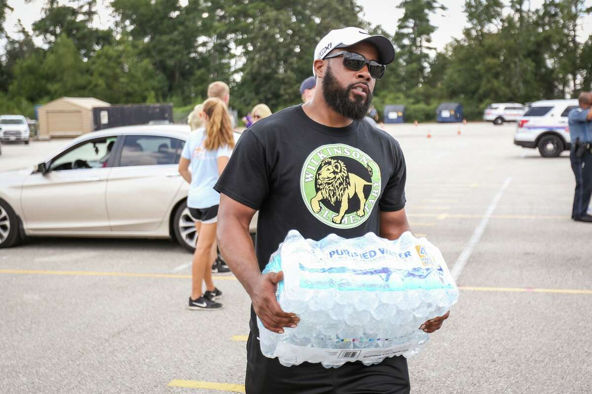 Families and others in need of food will have the chance to receive vegetables, meats and other food products during another free food give-away being hosted at the Shadowbend Place YMCA in The Woodlands starting at 9 a.m. on Saturday, May 23.