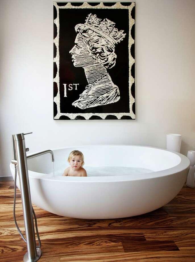"Photo from Robert and Cortney Novogratz' new book, ""Novogratz Design Fix: Chic and Stylish Tips for Every Decorating Scenario."" Photo: Courtesy The Novogratz / Courtesy The Novogratz/"