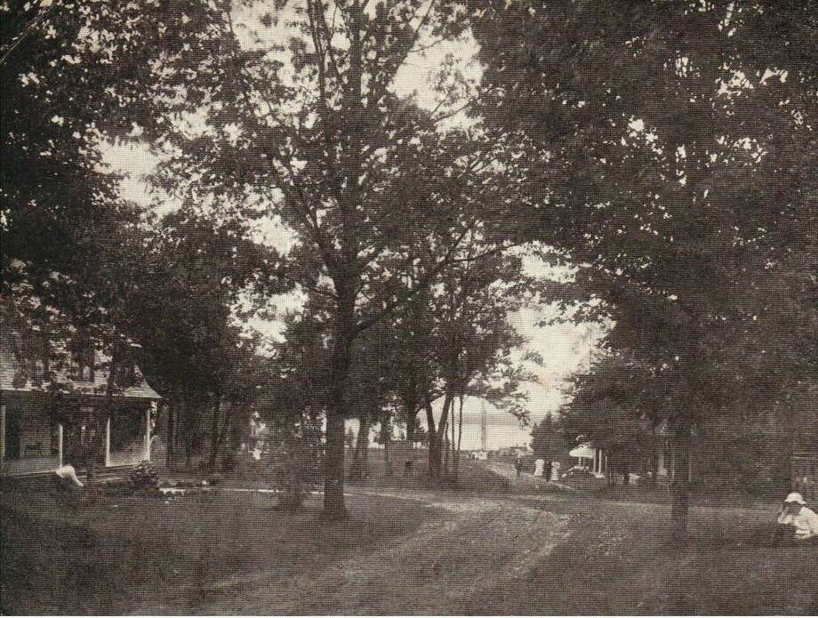 Red Park located near Onekama on Portage Lake was a popular tourist spot in the early 1900s.
