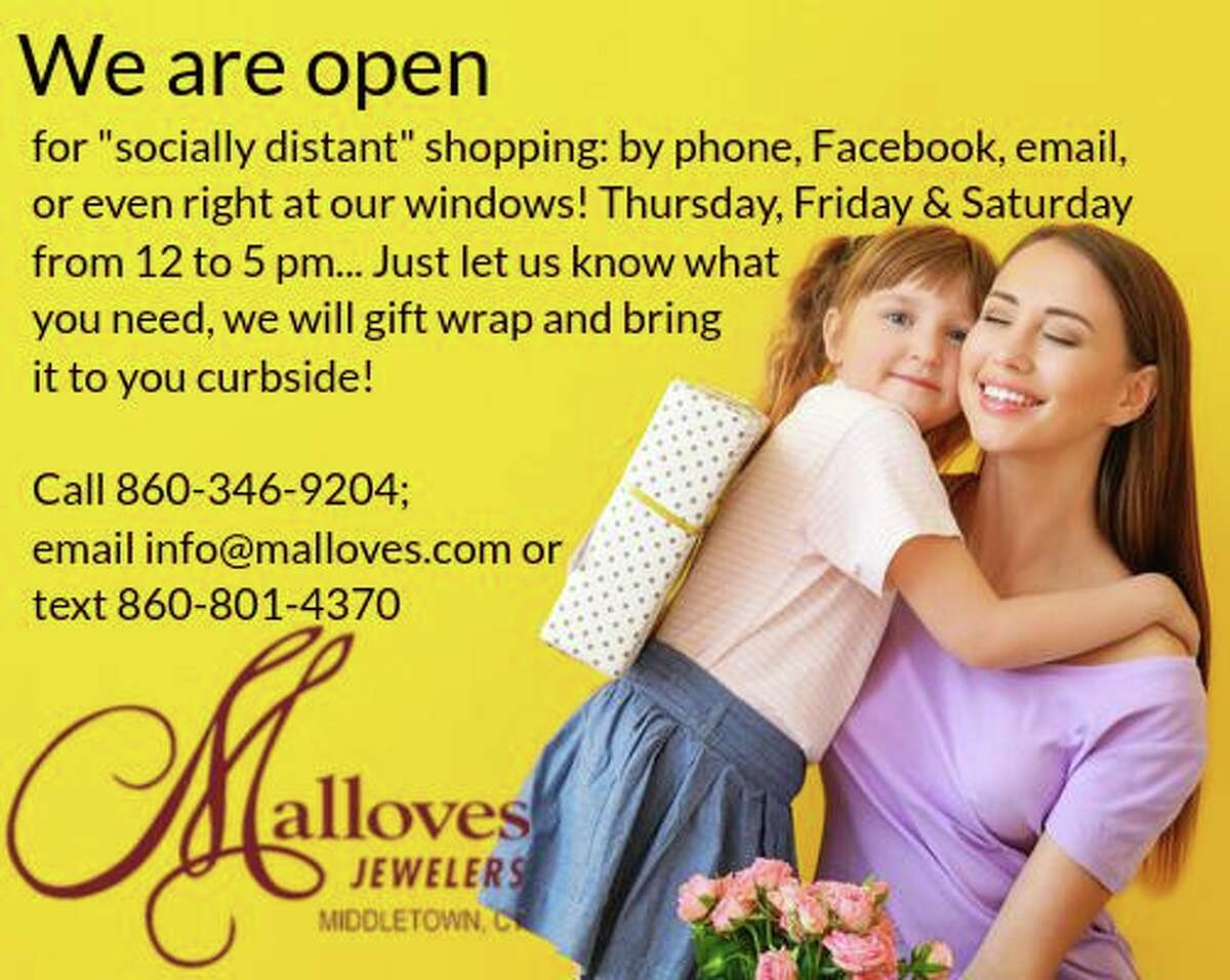 Malloves Jewelry customers can practice social distancing by taking advantage of curbside pickup.