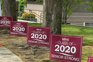 Mercer Island High School welcomes seniors as they pick up their caps and gowns on May 1, 2020. Photo courtesy of Mercer Island School District Facebook page.