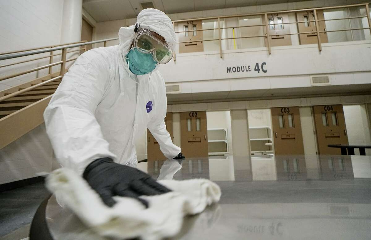 An inmatedo deep cleaning in a cell pod to prevent the spread of COVID-19 at the San Diego County Jail on April 24, 2020 in San Diego, California. The inmates, who are trained by sanitary professionals as part of a jobs program, do routine cleanings everyday to prevent the spread of the Coronavirus.