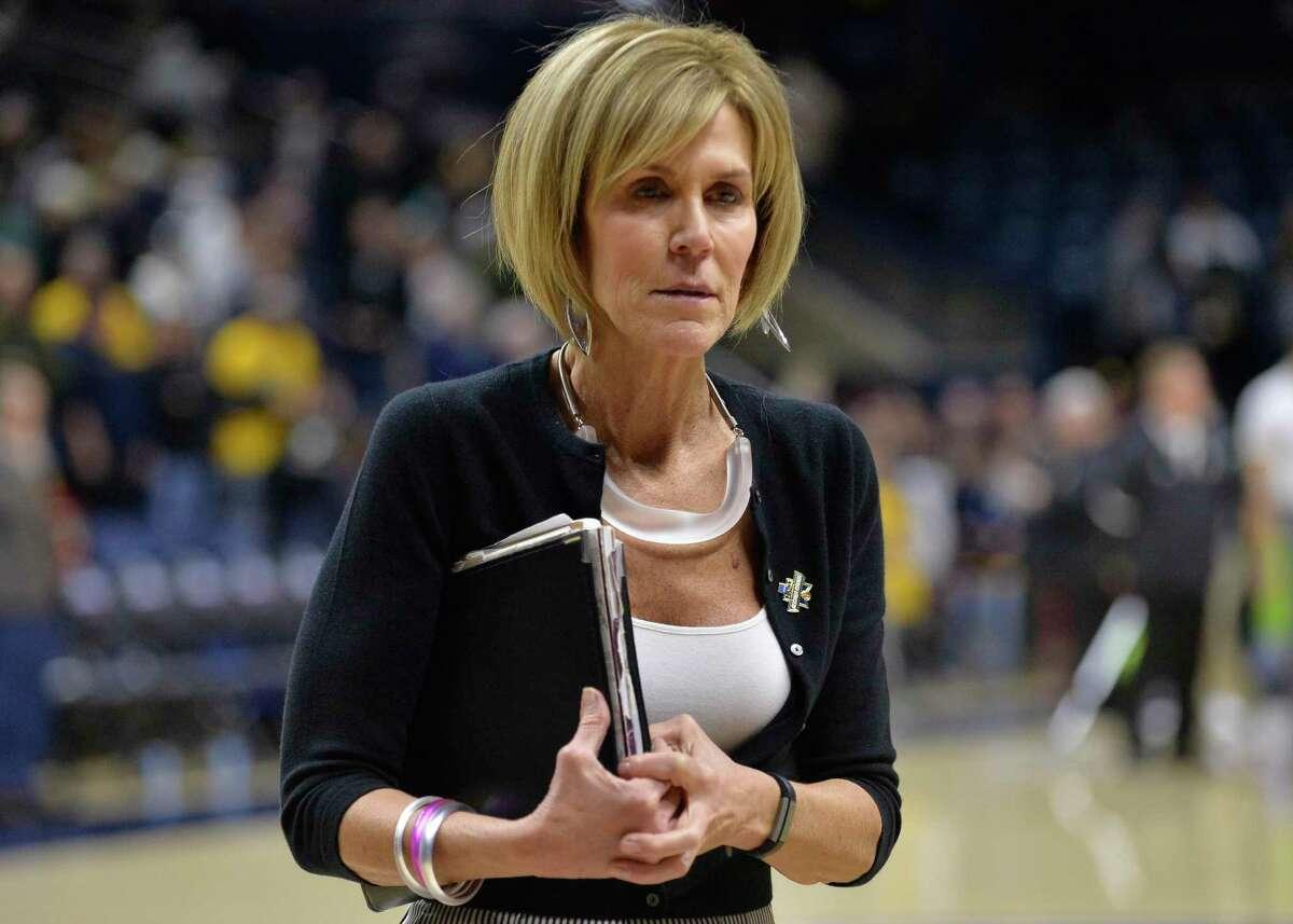 UConn associate head coach Chris Dailey.