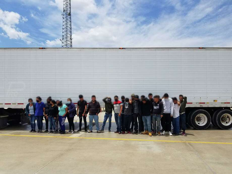 U.S. Border Patrol agents stopped a human smuggling attempt at the Border Patrol checkpoint on Interstate 35 (I-35), north of Laredo. Photo: Courtesy Of The U.S. Border Patrol