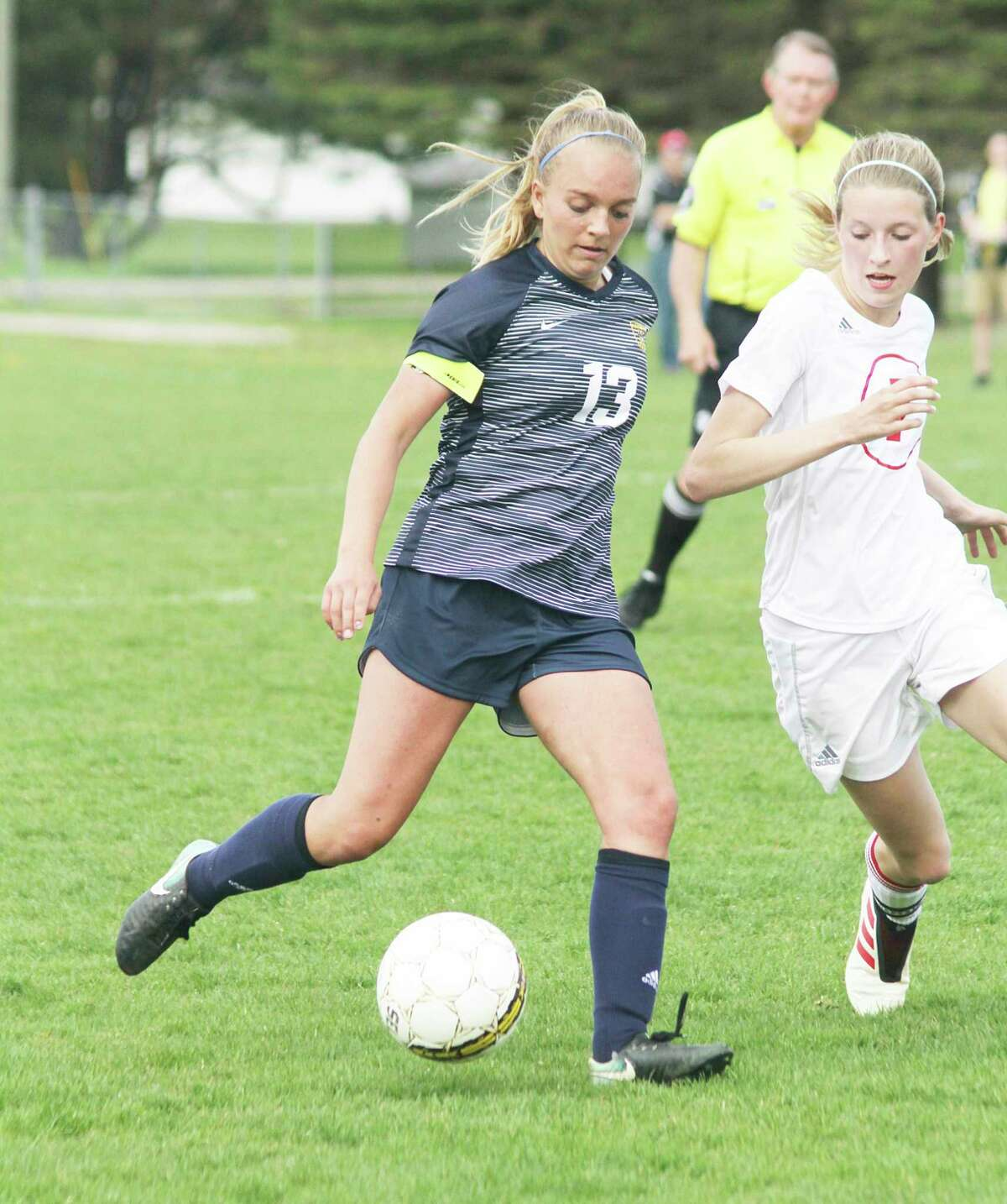 Manistee junior Olivia Smith made the All-Lakes 8 Conference first team as a sophomore. (News Advocate file photo)