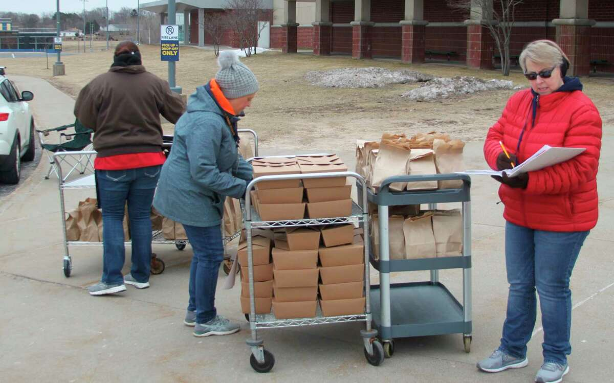 Area food service directors are hoping the Grab & Go style of feeding program they have been using to feed area students during the school shutdown due to the COVID-19 pandemic will continue with the summer feeding program. (File photo)