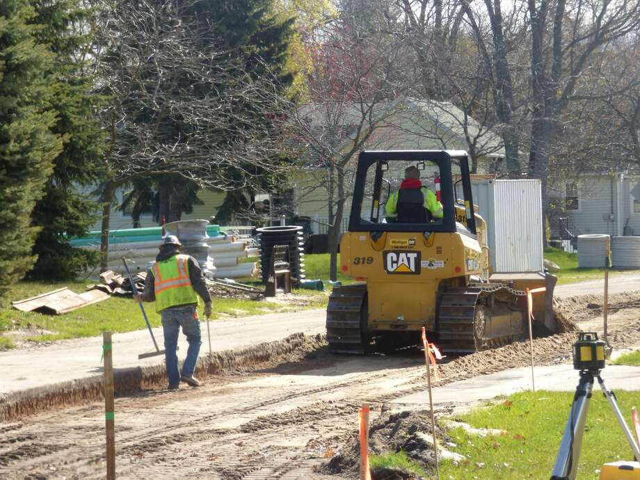 Manistee Department of Public Work officials have begun a series of road and sewage improvement projects around Manistee. Photo: Scott Fraley/News Advocate