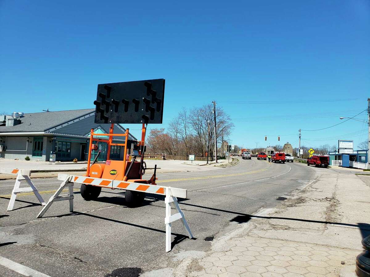 Memorial Bridge was closed to traffic and pedestrians Tuesday as crews worked to repair and assess damage after the bridge's system experienced a brown out earlier that morning. (Arielle Breen/News Advocate)