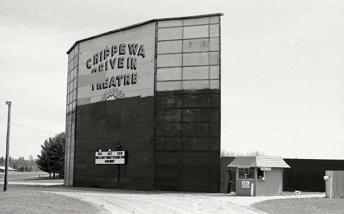 After a storm damaged the screen tower of the Chippewa Drive-In, it was repaired and repainted in April 1985. That summer was the last season for the drive-in.