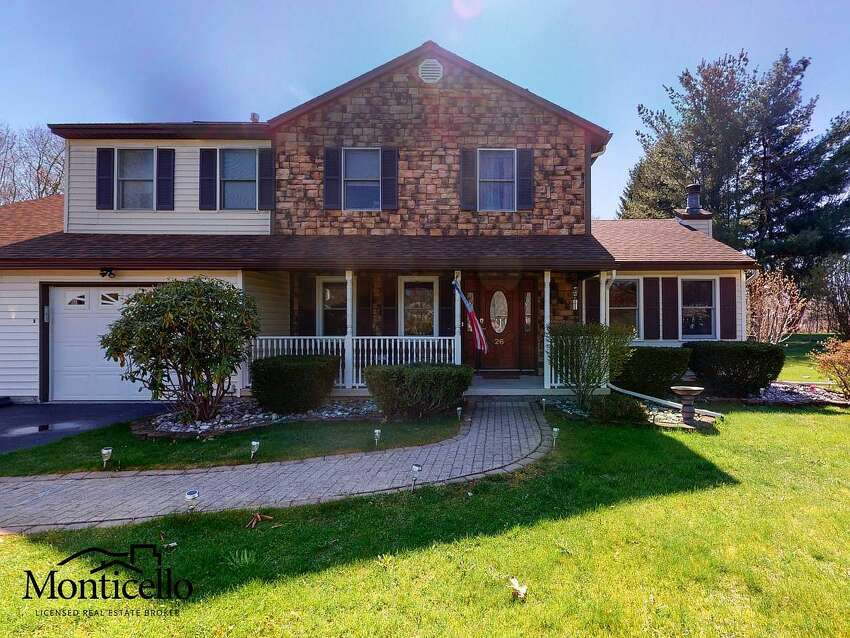 $390,000. 26 Canvasback Ridge, Waterford,12188 . View listing