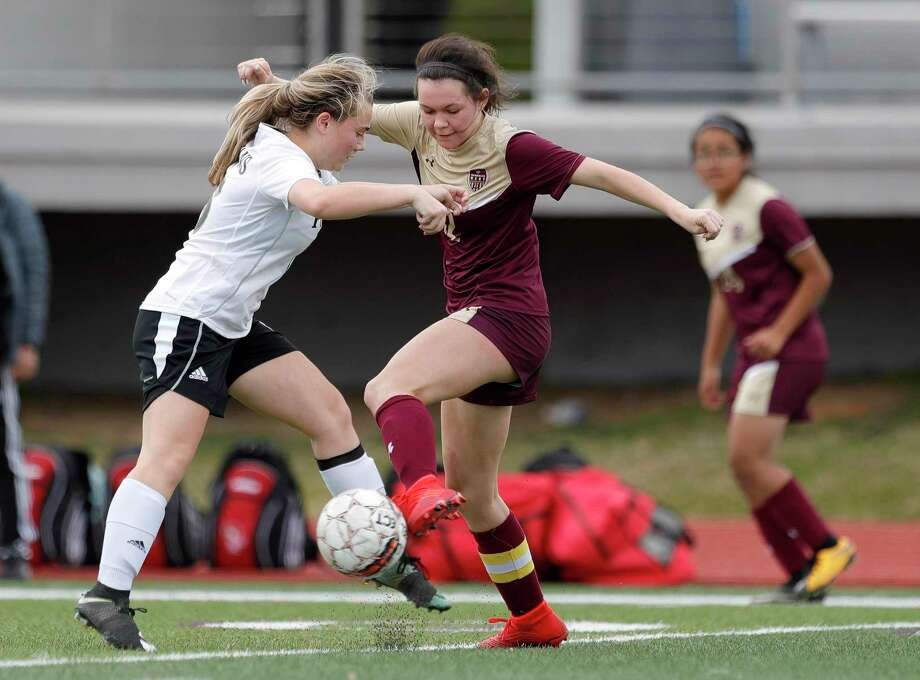 Magnolia West's Brooke Brown (12) was named District 19-5A Defensive MVP. Photo: Jason Fochtman, Houston Chronicle / Staff Photographer / Houston Chronicle © 2020