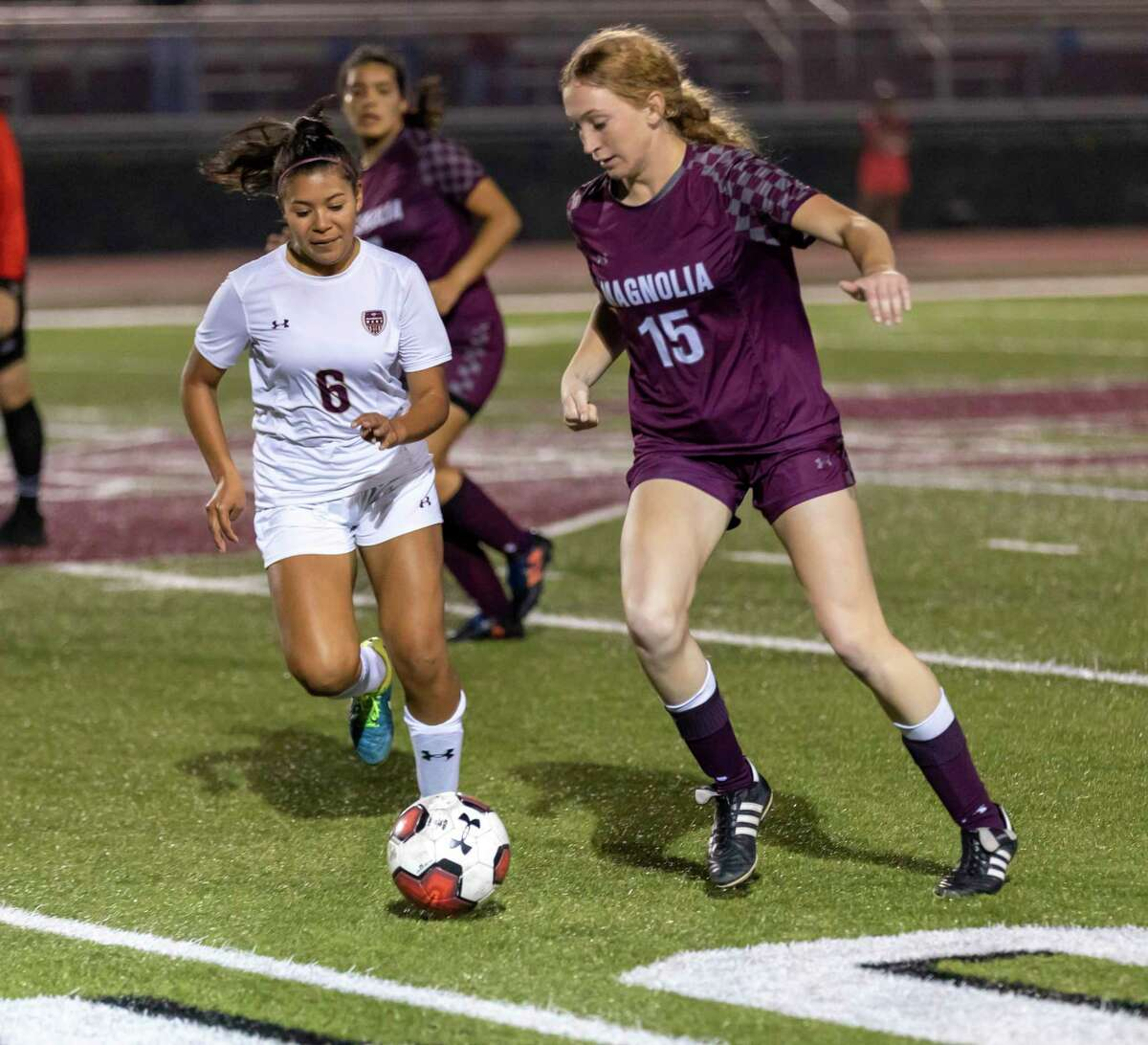 Magnolia defender Skylar Replogle (15) is one of the top returning players for the Lady Bulldogs.
