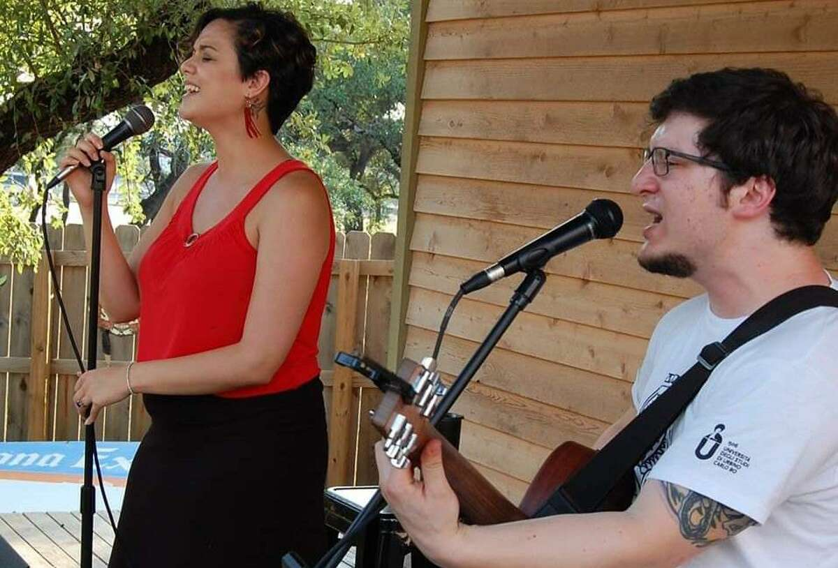 Husband-and-wife duo Cheap Guilt will livestream a performance on Saturday.