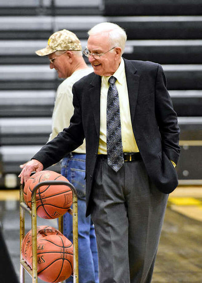 """College basketball victory leader Gene Bess of Three Rivers Community College of Poplar Bluff. Mo. has retired. The 85-year-old coach announced the decision Saturday. Son Brian, a longtime assistant, will take over the top job at the junior college. """"I've been realizing the time was near for me to go,"""" Bess said in a statement. """"The bottom line is, I want to be here to make the players better."""" He fought health problems the last few seasons. """"I felt like I was just as effective, but I didn't have the energy level to do what I need to do to excel as a coach,"""" Bess said. """"The time has come."""" Bess was 1,300-416 in 50 seasons at Three Rivers — 143 more victories than NCAA Division I leader Mike Krzyzewski of Duke. Bess led the Raiders to NJCAA national titles in 1979 and 1992. Latrell Sprewell starred at Three Rivers under Bess before going on to Alabama and the NBA. Photo: File Photo"""