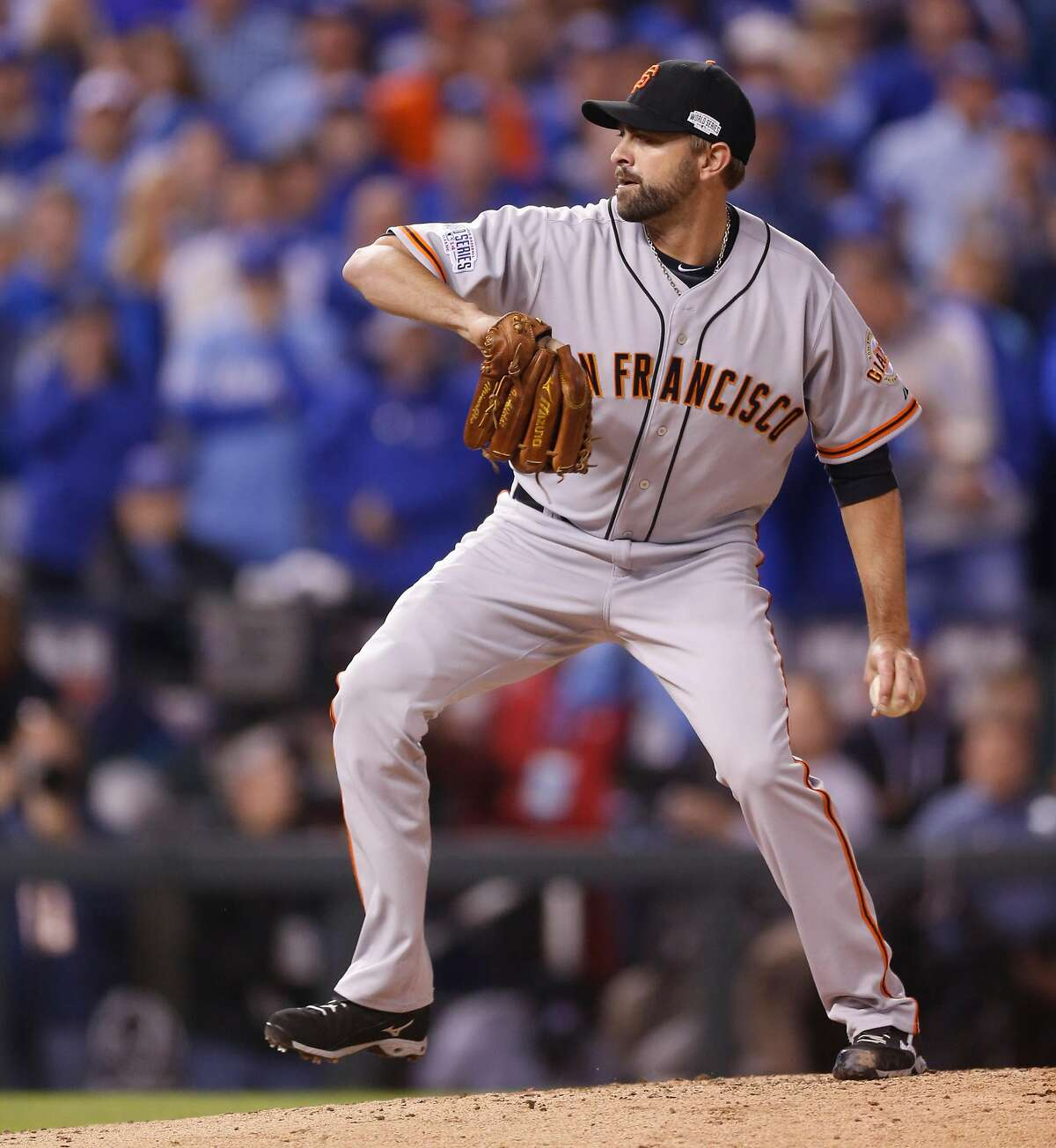 Giants Jeremy Affeldt pitches in the second inning during Game 7 of the World Series at Kauffman Stadium on Wednesday, Oct. 29, 2014 in Kansas City, Mo.