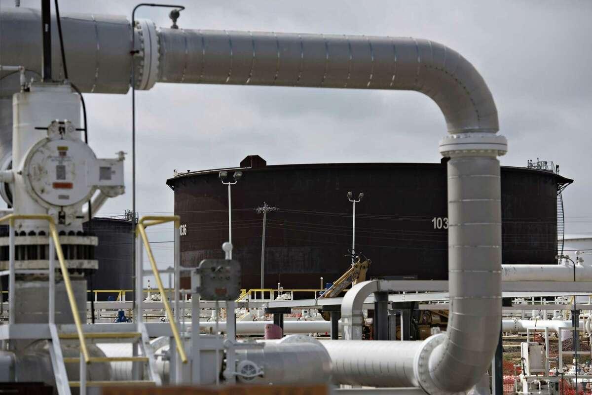 A crude oil storage tank in Cushing, Okla., on March 25, 2015.