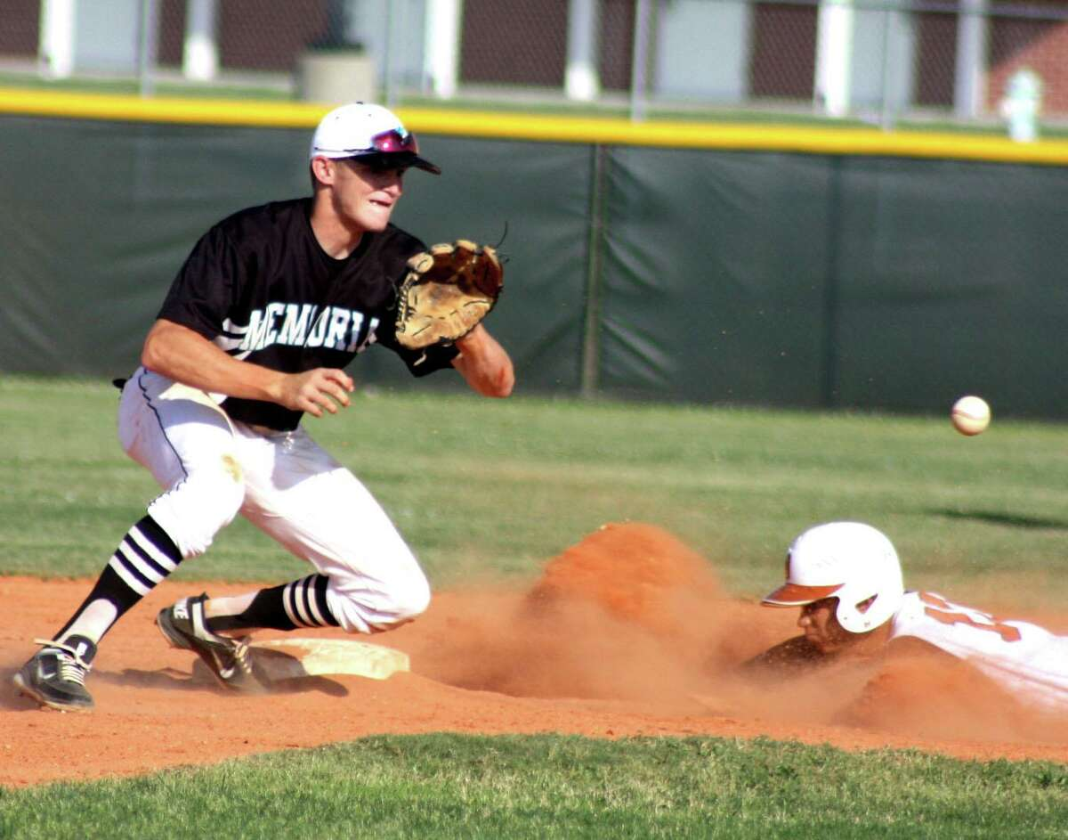 Memorial shortstop Kody Eaves awaits the throw as Dobie courtesy runner Jose Cabreja steals second base during fourth-inning action in Friday's game. Dobie stole three bases that frame which led to its eighth and ninth runs in the wild 12-11 win.