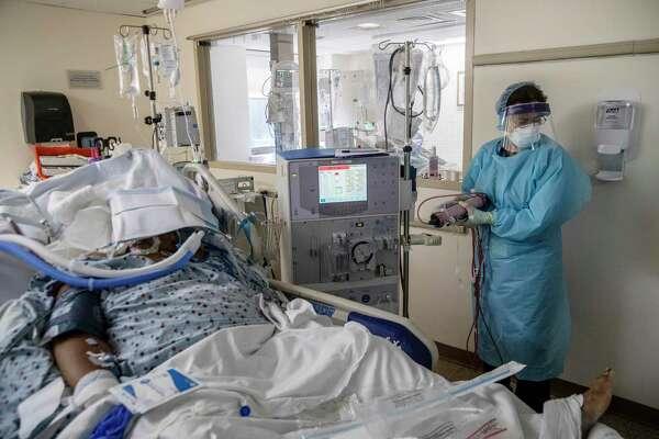 Russian nurses make fun of dying patients in selfie craze