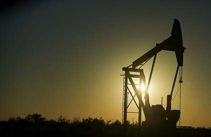Oil rally fizzles with OPEC-Russia accord hanging in the balance ...
