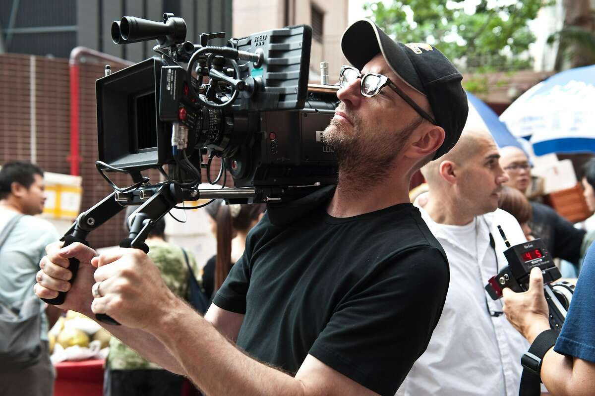 """Director STEVEN SODERBERGH during the filming of the thriller """"CONTAGION,"""" a Warner Bros. Pictures release."""