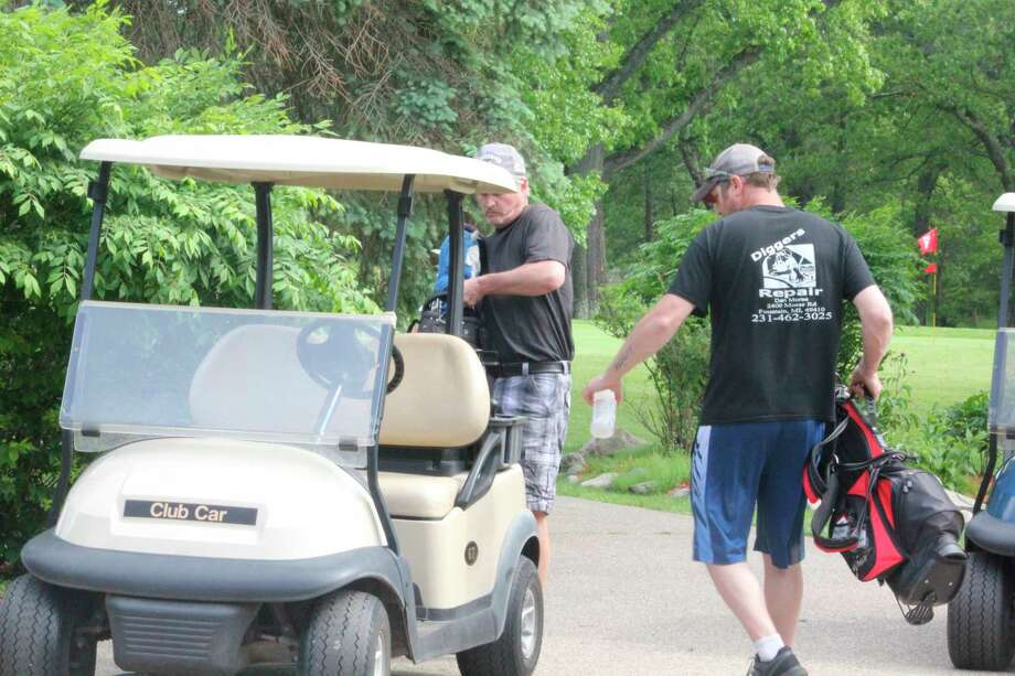 Golfers have been able to use motorize carts at Marquette Trails since Friday. (Star file photo)