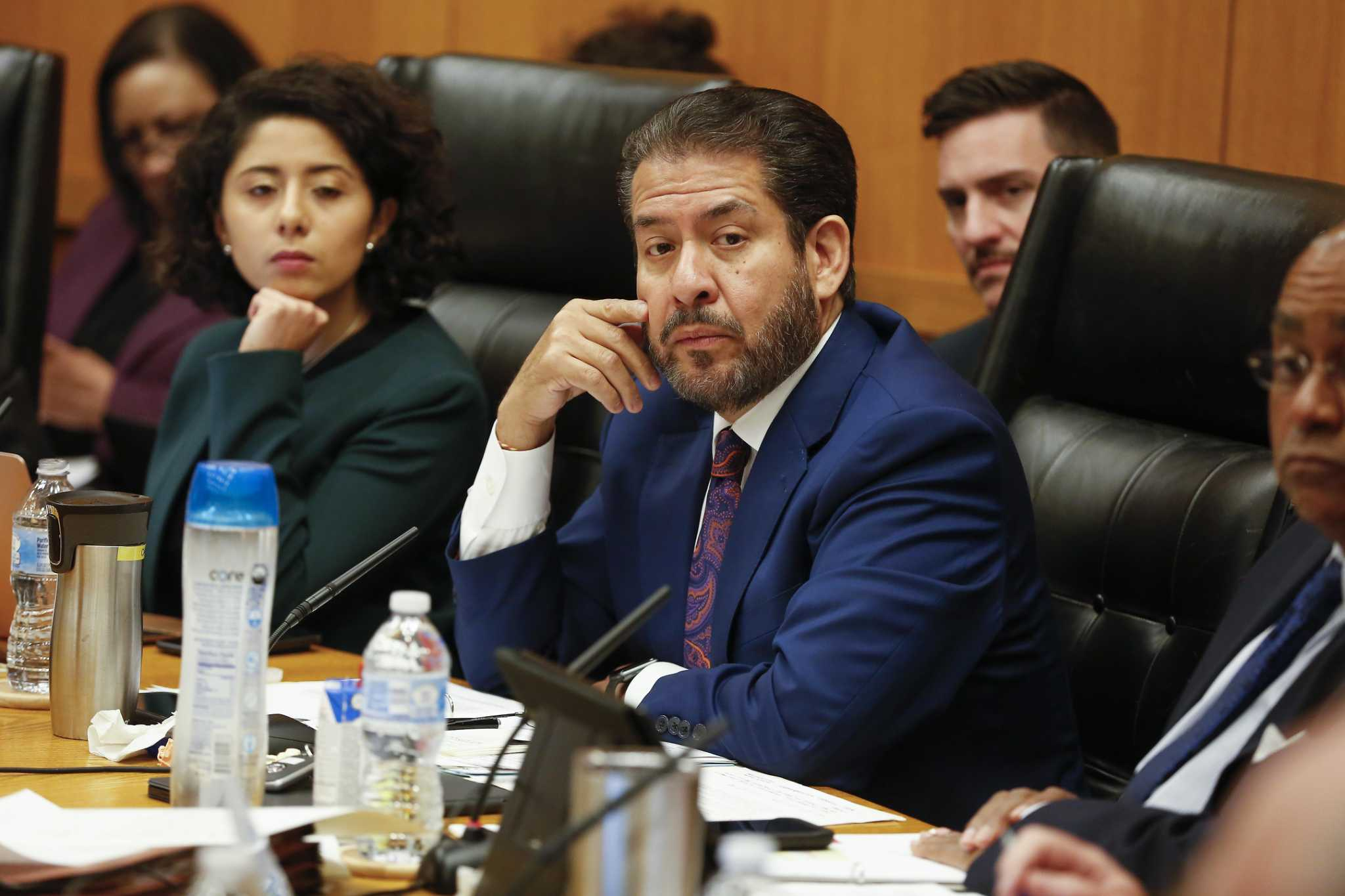 After blackout crisis, Commissioner Adrian Garcia says Harris County should explore leaving ERCOT - Houston Chronicle