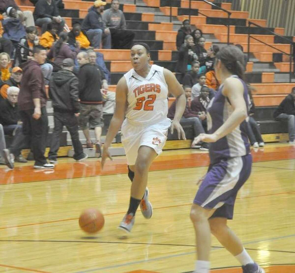 Perhaps the most intimidating player in program history, Emmonnie Henderson scored a program-record 1,806 points with 881 rebounds during her prep career and was a two-time AP All-State selection.