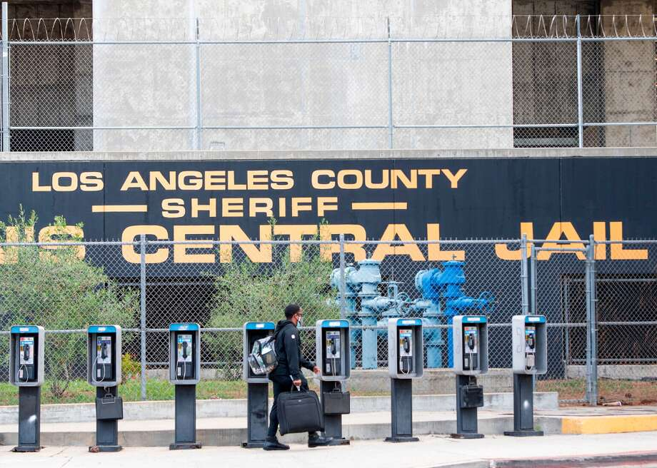 FILE: The Los Angeles County central jail. Photo: VALERIE MACON/AFP Via Getty Images