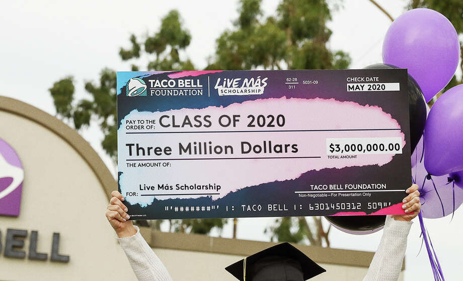The Taco Bell Foundation is awarding $3 million in Live Más Scholarships to 622 Taco Bell team members and fans, ranging from $2,500-$25,000 per student. Photo: Courtesy