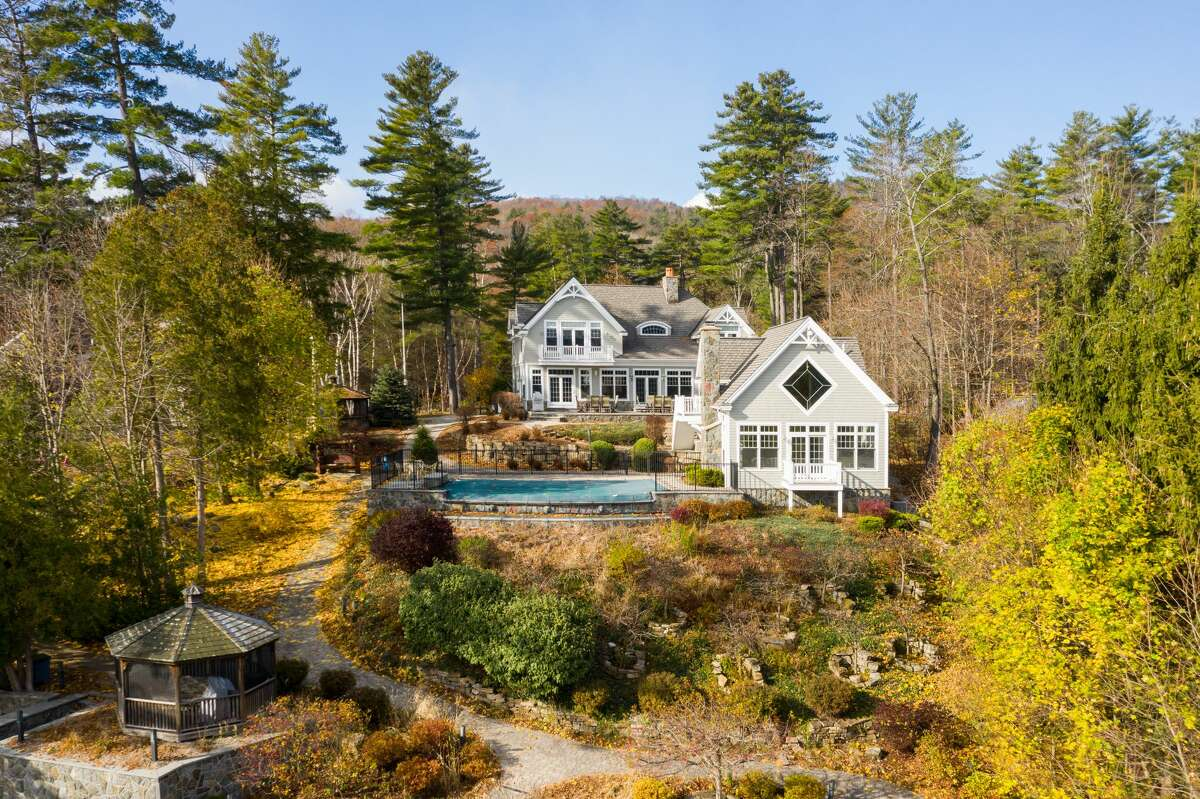 1016 Colony Cove Road, Lake George. Estate for sale in Lake George. The property has six year-round houses, more than 200 feet of lake frontage and dock space for eight boats.https://realestate.timesunion.com/listings/1016-Colony-Cove-Rd-Lake-George-NY-12845-MLS-201935678/34953943