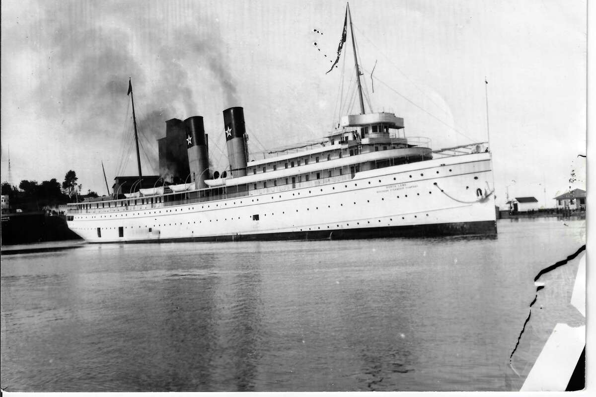 The passenger steamer Northland in Frankfort harbor in 1910, probably about to dock at the Royal Frontenac; the most famous and luxurious of the passenger ships calling at Lake Michigan ports.(Courtesy Photo)