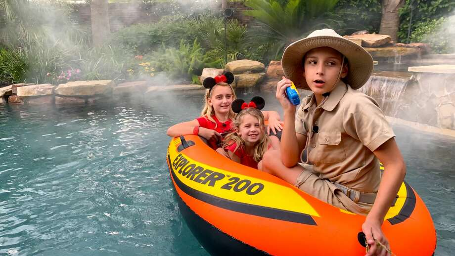 Texas Family Transforms Backyard Swimming Pool Into Disney Jungle Cruise Laredo Morning Times