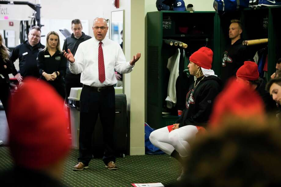 Great Lakes Loons President and General Manager Brad Tammen speaks to Loons players during a team meeting in April 2019 at Dow Diamond. (Katy Kildee/kkildee@mdn.net)