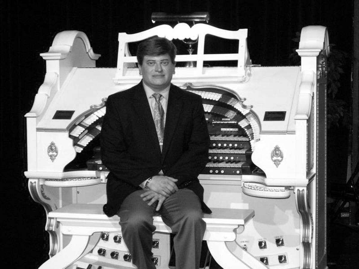 Landmark Community Theatre presents a virtual pipe organ concert with Juan Cardona Jr. at the Thomaston Opera House on May 16.