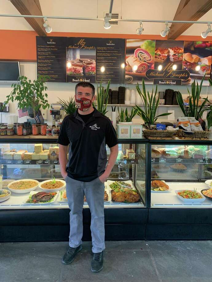 Justin Viesta, owner of Michael Joseph's, who donated 150 desserts to go with the 150 lunches donated to Stamford Hospital by Rings End Road, Swifts Lane, Harbor Road and Salem Straits neighbors. Photo: Contributed /