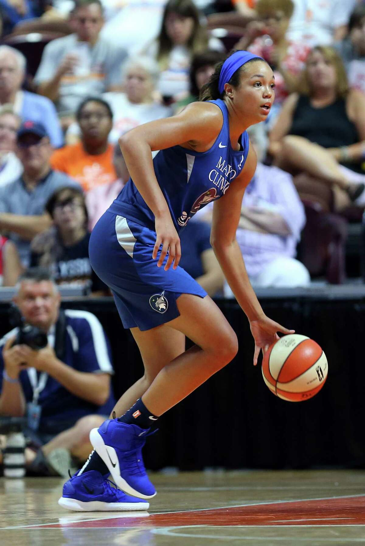 UNCASVILLE, CT - JULY 06: Minnesota Lynx forward Napheesa Collier (24) in action during a WNBA game between Minnesota Lynx and Connecticut Sun on July 6, 2019, at Mohegan Sun Arena in Uncasville, CT. (Photo by M. Anthony Nesmith/Icon Sportswire via Getty Images)