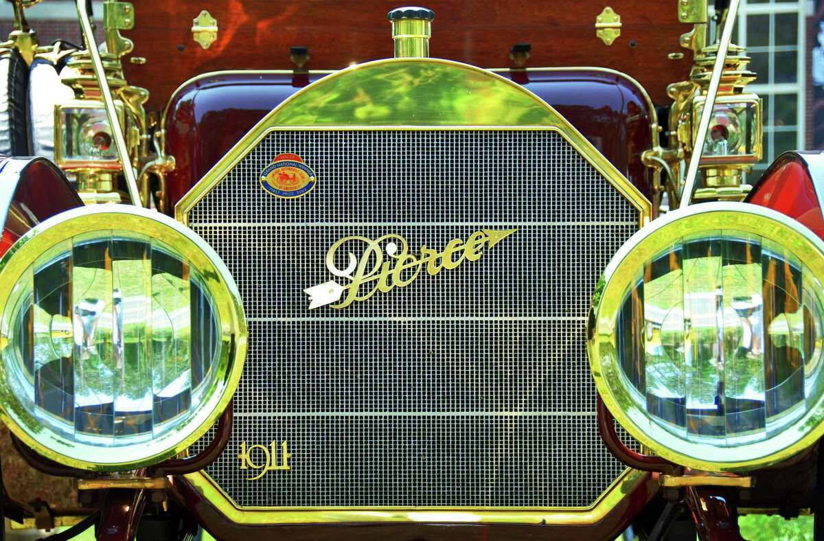 Times Union staff photo by John Carl D'Annibale: Detail of a 1911 Pierce-Arrow at the Saratoga Auto Museum in Saratoga Springs, Wednesday June 27, 2007. Up to 50 of the Buffalo,NY, made Piece-Arrows from around the country stopped at the museum on their way to a national meet in Williamstown,MA, tomorrow. STAND ALONE PACKAGE