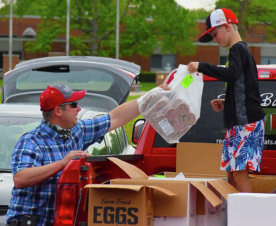 Scenes from the Maryville Farmers' Market on Thursday. Photo: Tyler Pletsch | The Intelligencer