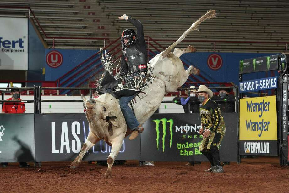 during the second round of the Guthrie, OK Lucas Oil Invitational, Unleash The Beast PBR. Photo By: Andy Watson @BullStockMedia. Photo: @bullstockmedia / @bullstockmedia/@bullstockmedia / Andy Watson / Bull Stock Media, LLC