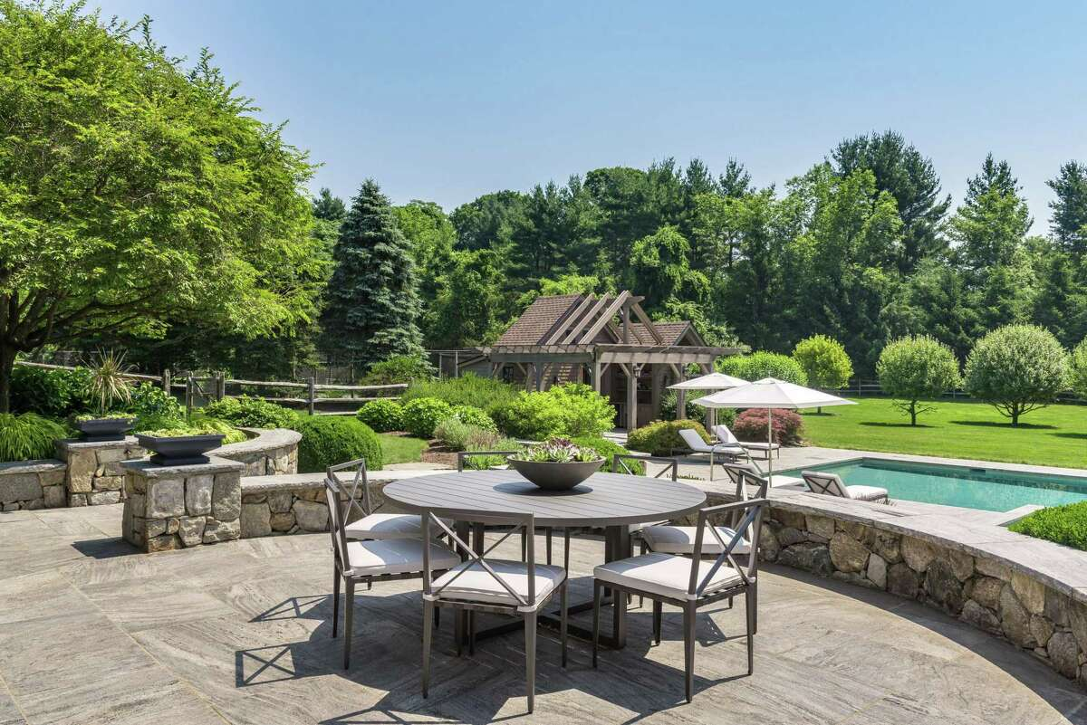 279 North Avenue, Westport, Conn. $8,650,000 Michelle&Company/William Raveis RE, 203-454-4663